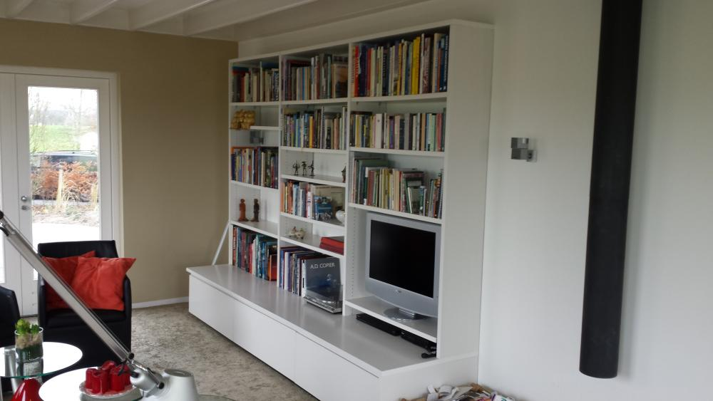 Karwei Boekenkast | Nicolewaasdorp